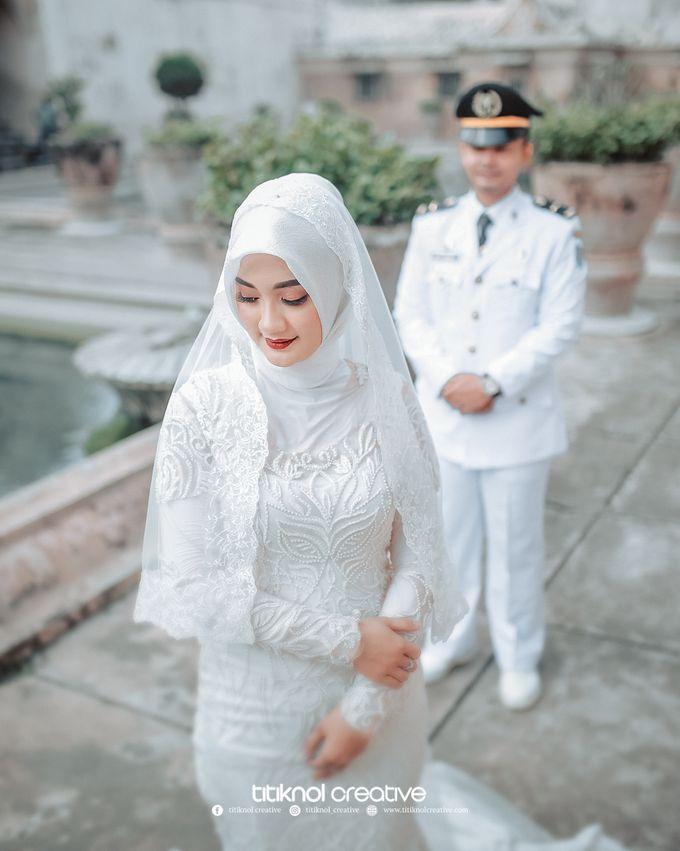 Prewedding Siska + Yuris by Titiknol Creative - 009