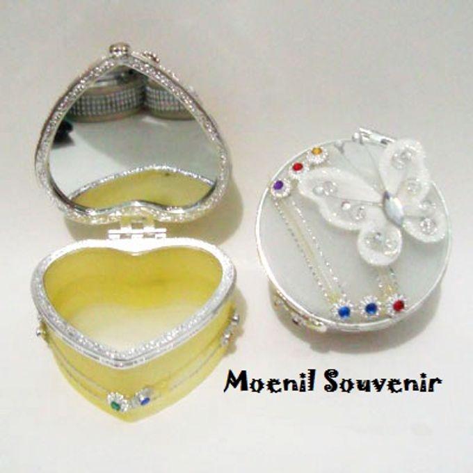 Souvenir Unik dan Murah by Moenil Souvenir - 206