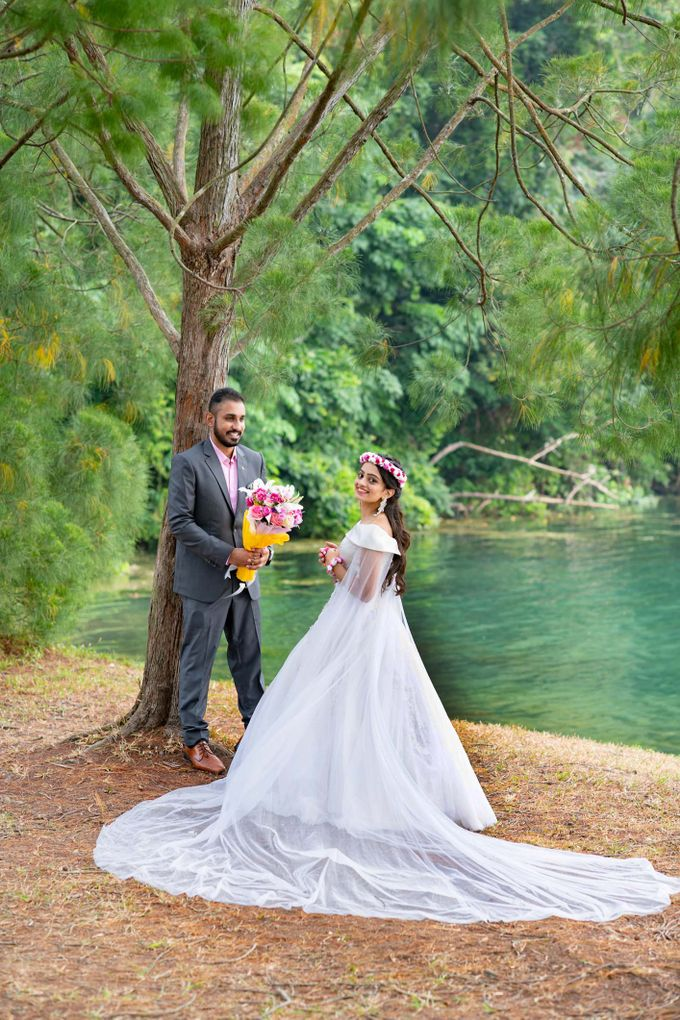 Pre-Wedding Shoot by GrizzyPix Photography - 009
