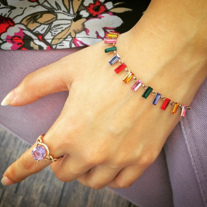 Classy, elegant jewellery items by Toko Kurio - 001