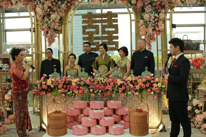MC Sangjit & MC EngagementnThe Glass Terrace Grand Hyatt Jakarta  By Double V Entertainment by Anthony Stevven - 013