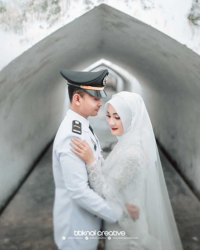 Prewedding Siska + Yuris by Titiknol Creative - 013