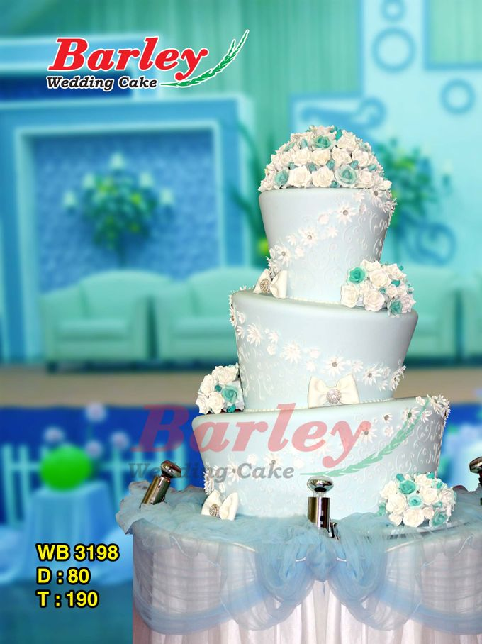 3 Tiers by Barley Cakes - 003