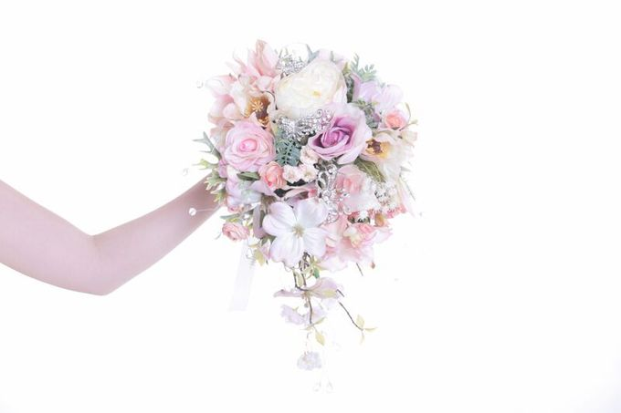 Luxurious Bouquet by LUX floral design - 018