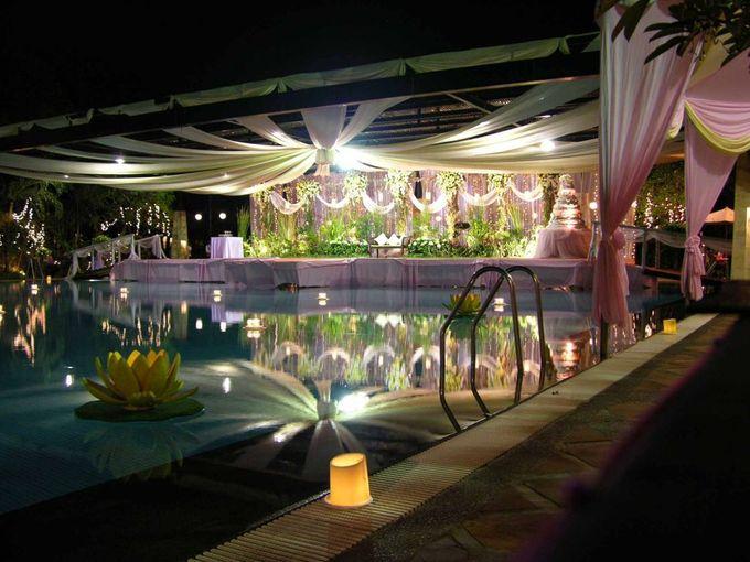 Wedding Poolside at Graha Residen Serviced Apartments Surabaya by Graha Residen Serviced Apartments Surabaya - 007