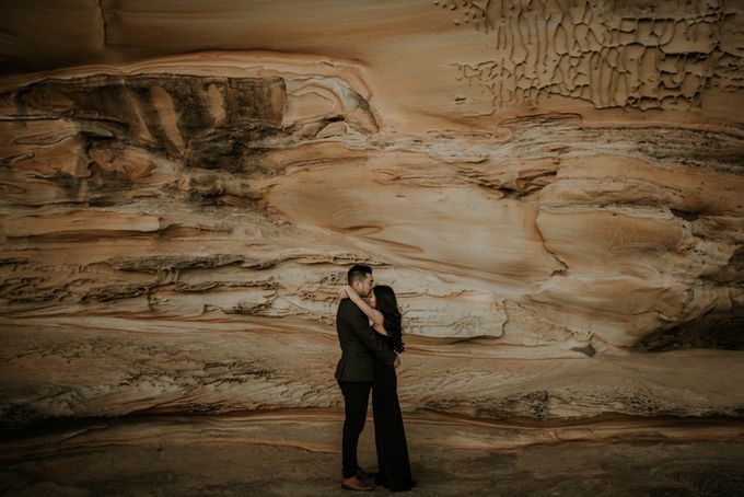 Jimmy & Sylvia Sydney Engagement Session by Calia Photography - 029
