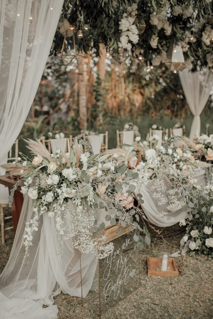 Wedding Aprilia  & Jerry by Bali Izatta Wedding Planner & Wedding Florist Decorator - 003