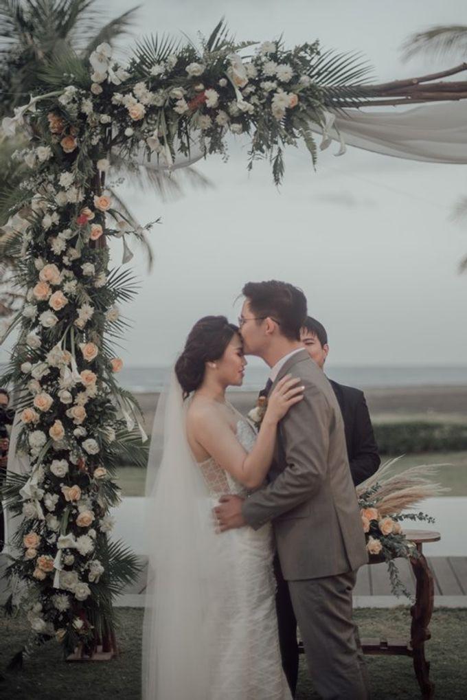 Wedding Aprilia  & Jerry by Bali Izatta Wedding Planner & Wedding Florist Decorator - 005