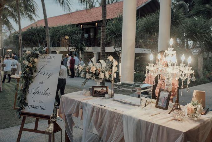 Wedding Aprilia  & Jerry by Bali Izatta Wedding Planner & Wedding Florist Decorator - 008