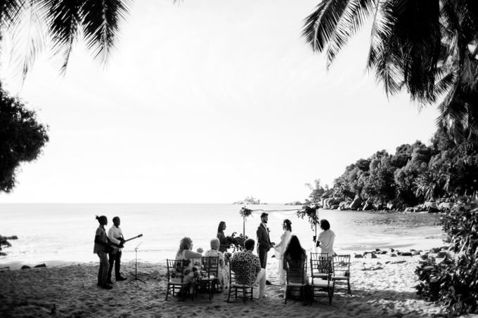 Boho-chic wedding in Seychelles by Evelina Korneevets - 022