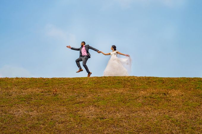 Pre-Wedding Shoot by GrizzyPix Photography - 012