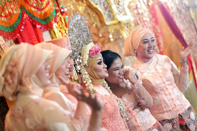 Anggi & Barry Wedding by Lili Aini Photography - 011