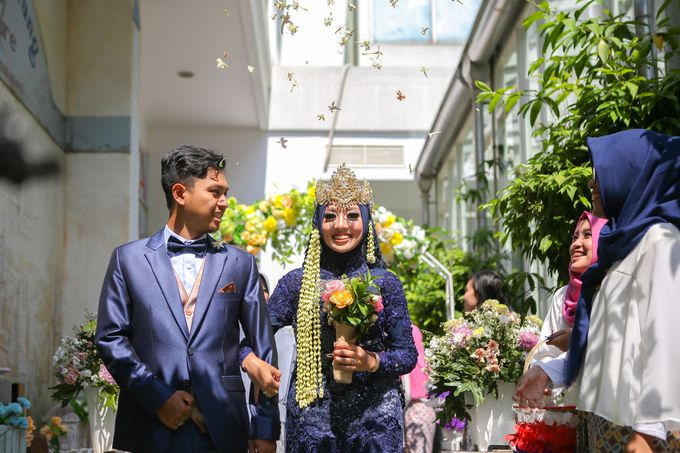 The Intimate Wedding Party of Apriska & Ahimsa by Abirupa Wedding Planner - 016