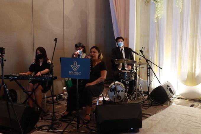 Lounge Jazz wedding band at Double Tree Jakarta by Double V Entertainment by Double V Entertainment - 008