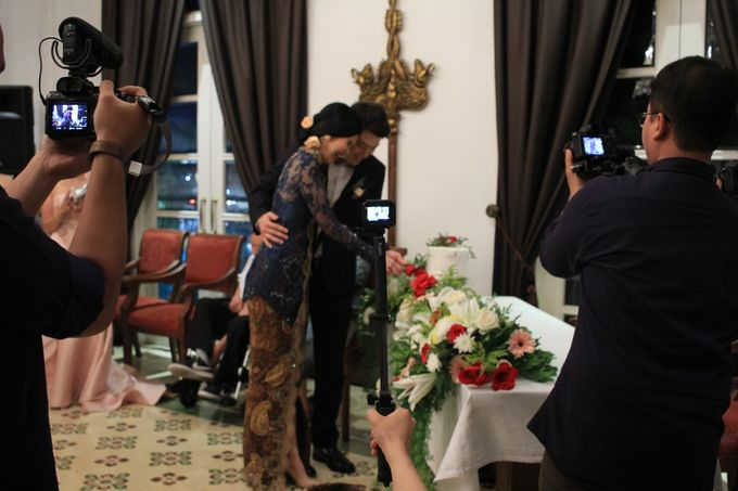 MC Wedding Intimate Plataran Menteng Jakarta - Anthony Stevven by Rove Gift - 001