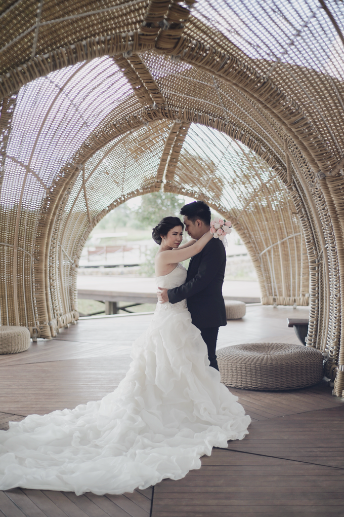 Prewedding Willy & Rina by Ace of Creative - 013