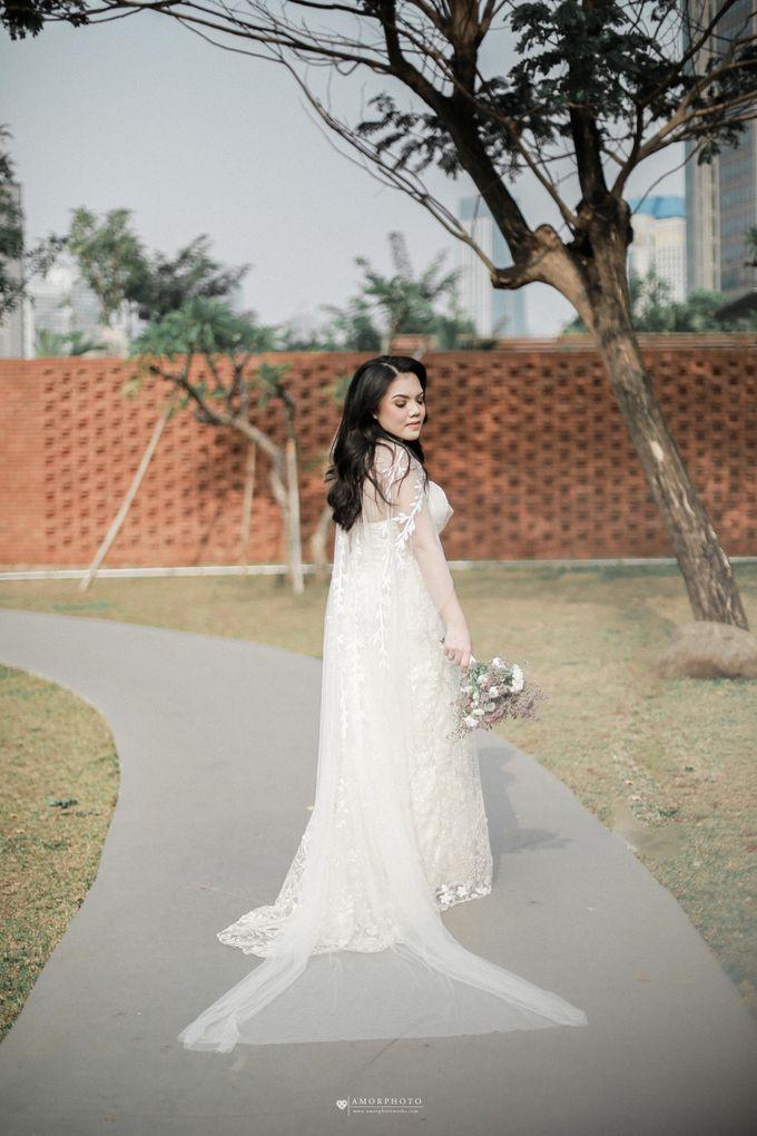 THE WEDDING OF SHABRINA & LUTHFI by Amorphoto - 012