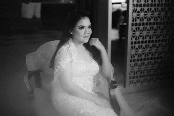 THE WEDDING OF SHABRINA & LUTHFI by Amorphoto - 011