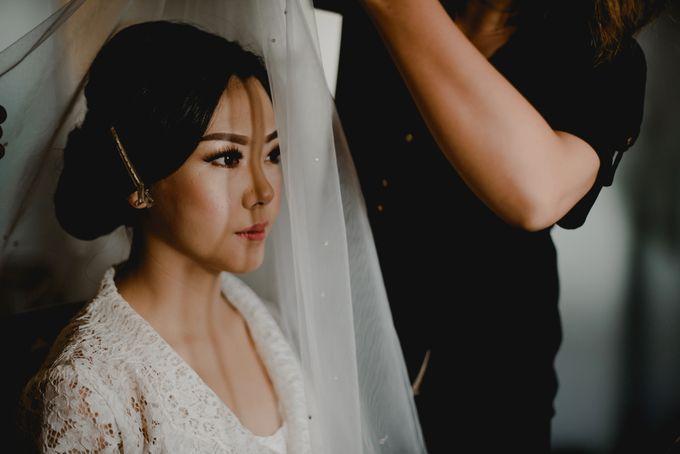 Erika & Darmawan Wedding Ceremony by ATIPATTRA - 003