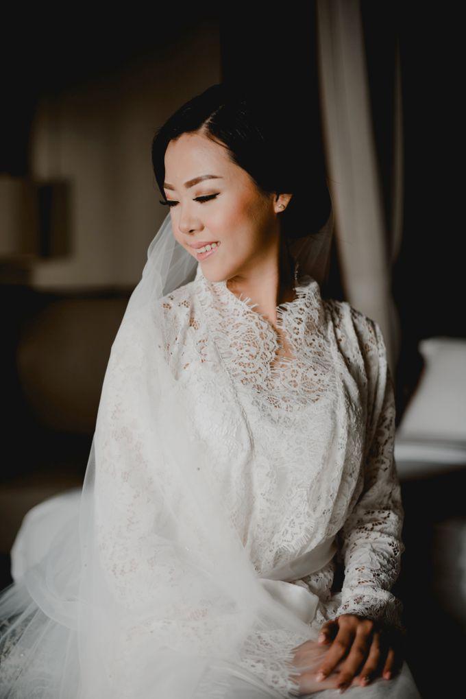 Erika & Darmawan Wedding Ceremony by ATIPATTRA - 004