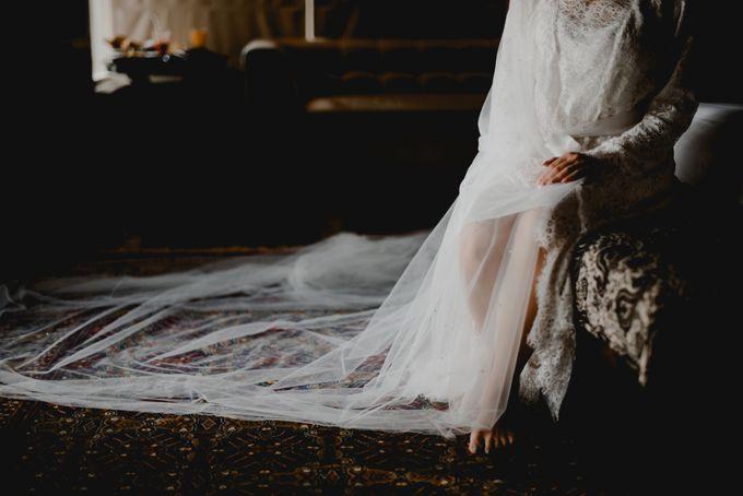 Erika & Darmawan Wedding Ceremony by ATIPATTRA - 005