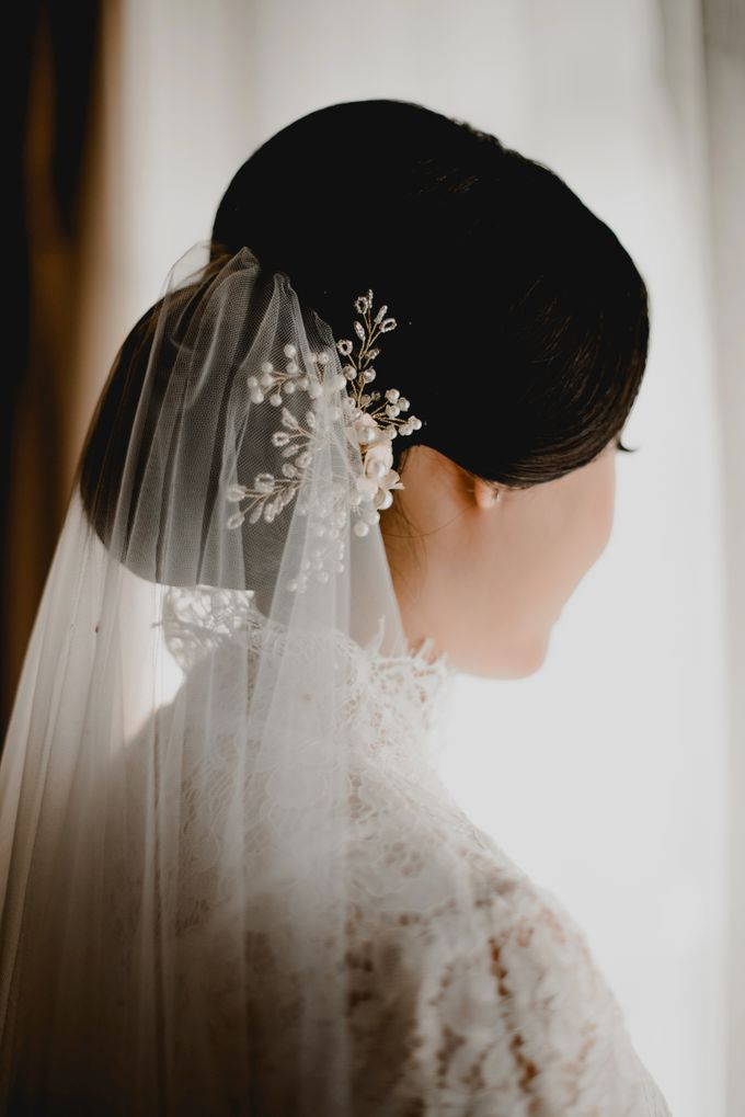 Erika & Darmawan Wedding Ceremony by ATIPATTRA - 006