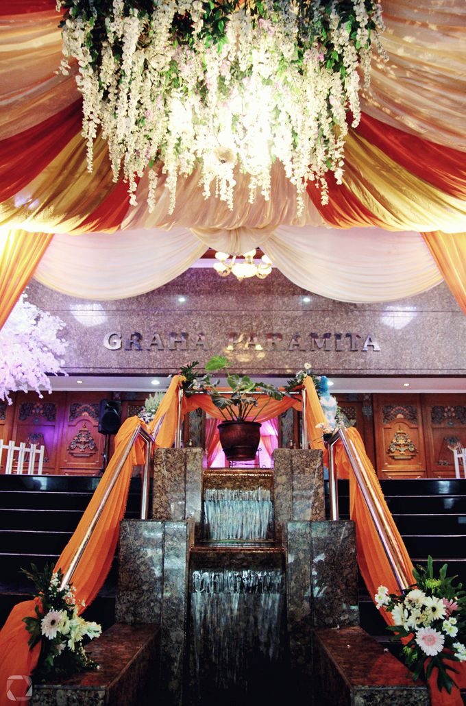 The Wedding of Sally + Rizky by The Move Up Portraiture - 027