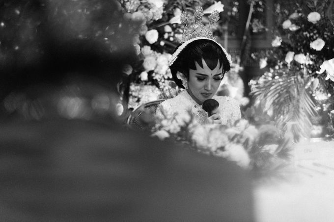 The Wedding of Ajeng & Deny by William Saputra Photography - 017