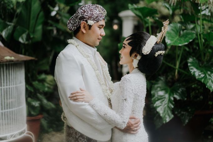 The Wedding of Ajeng & Deny by William Saputra Photography - 021