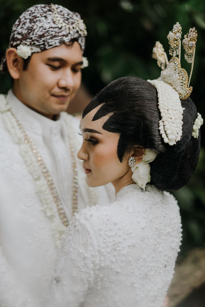 The Wedding of Ajeng & Deny by William Saputra Photography - 022