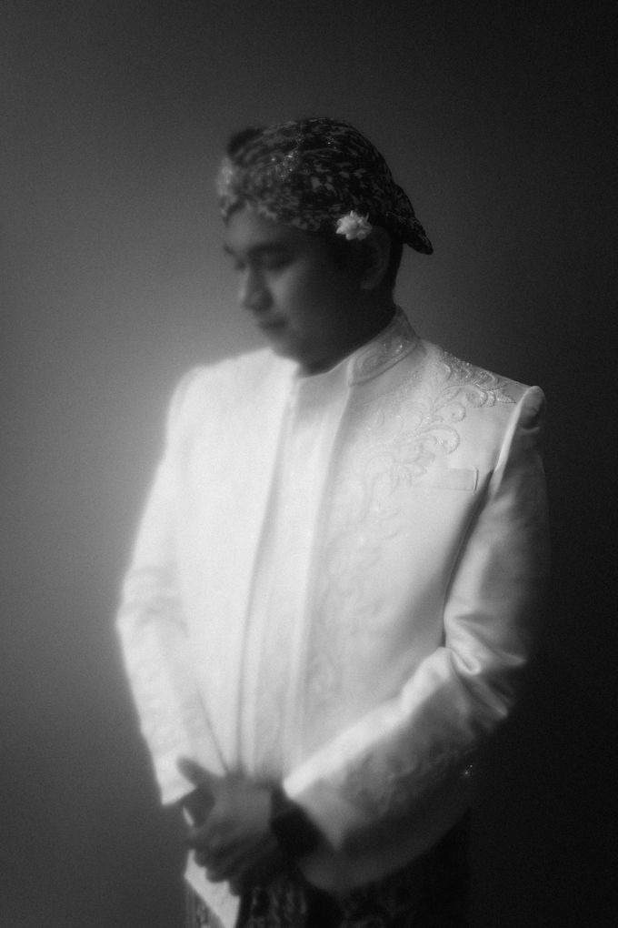 The Wedding of Ajeng & Deny by William Saputra Photography - 009