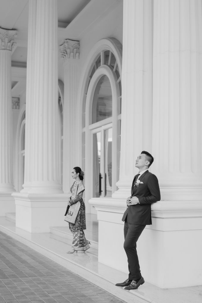 Adrian & Desi Wedding Day by THE TRIBRATA Darmawangsa Jakarta - 020