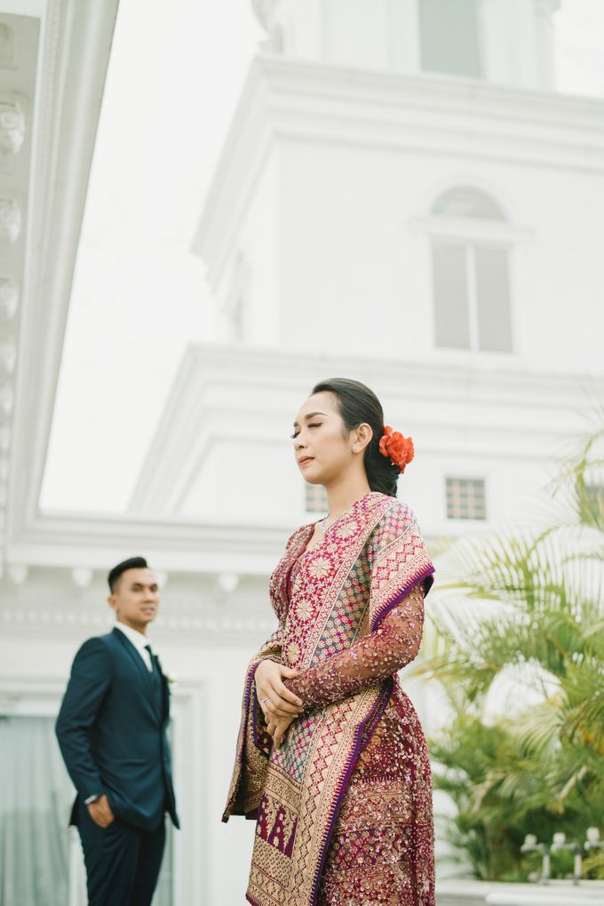 Adrian & Desi Wedding Day by THE TRIBRATA Darmawangsa Jakarta - 003