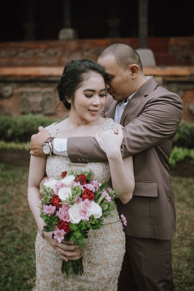 Adi & Ayu Couple Session by MOMENTO PHOTOGRAPHY - 005