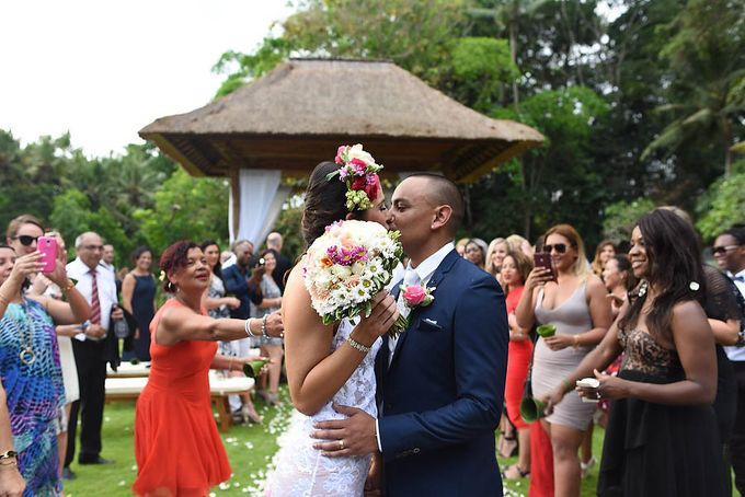 Wedding at Villa The Sanctuary in Canggu by Bali Tie d' Knot - 012