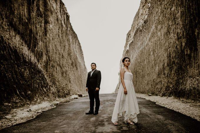 Adit & Caca Prewedding by AKSA Creative - 023
