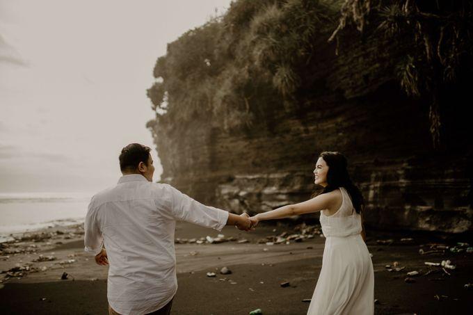 Adit & Caca Prewedding by AKSA Creative - 030