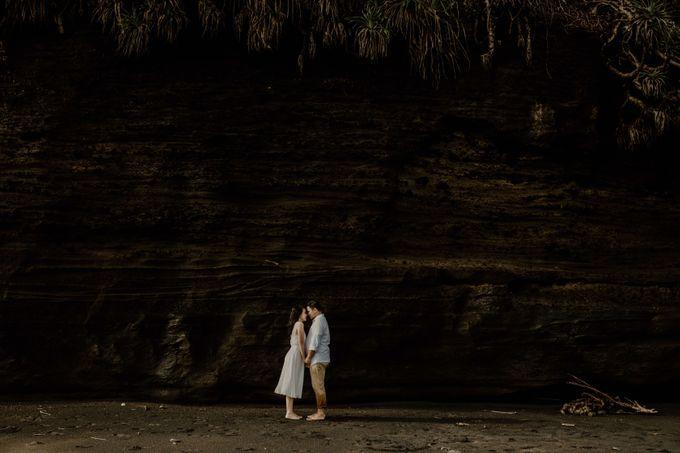 Adit & Caca Prewedding by AKSA Creative - 034