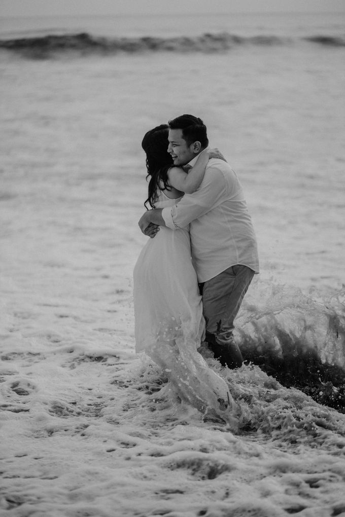 Adit & Caca Prewedding by AKSA Creative - 039
