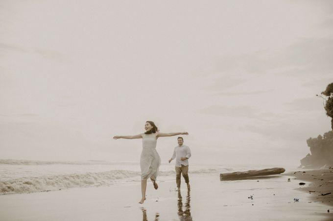 Adit & Caca Prewedding by AKSA Creative - 040