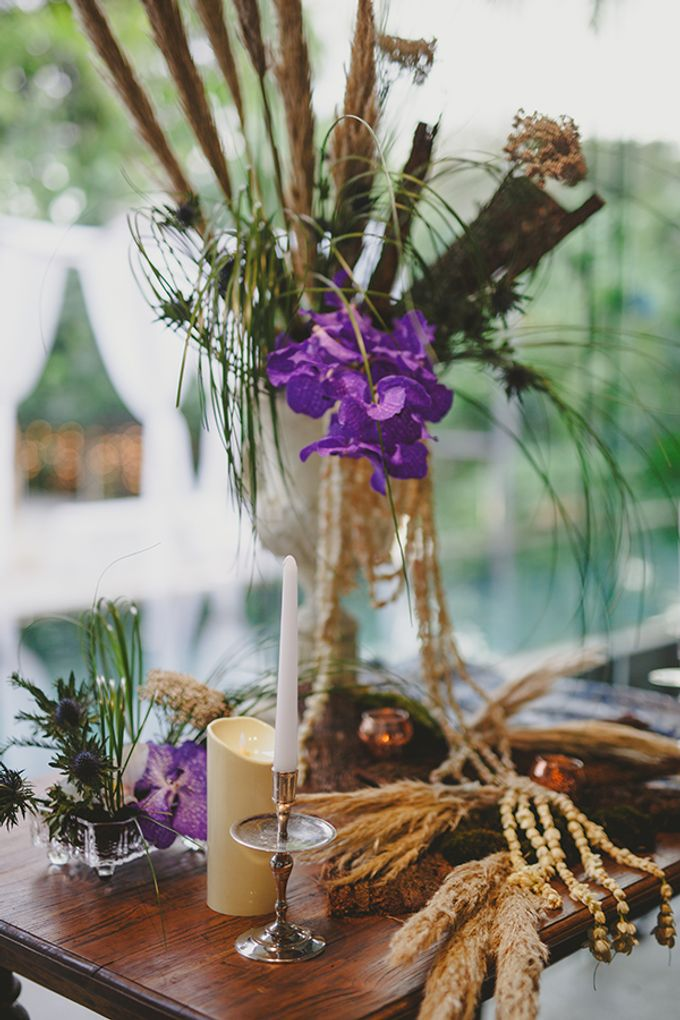 Sundanese Traditional wedding at The Glass House by Tirtha Bridal - 005