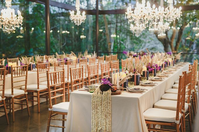 Sundanese Traditional wedding at The Glass House by Tirtha Bridal - 012