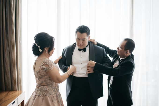 Evan & Brigita Wedding at Hilton by PRIDE Organizer - 002