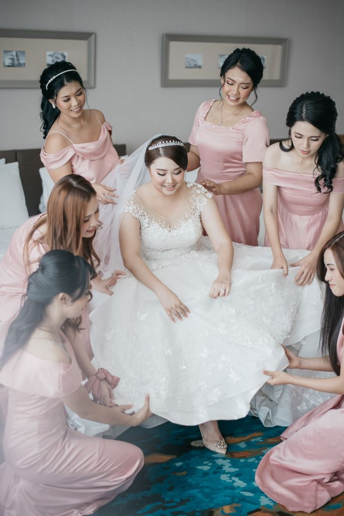 Evan & Brigita Wedding at Hilton by PRIDE Organizer - 003