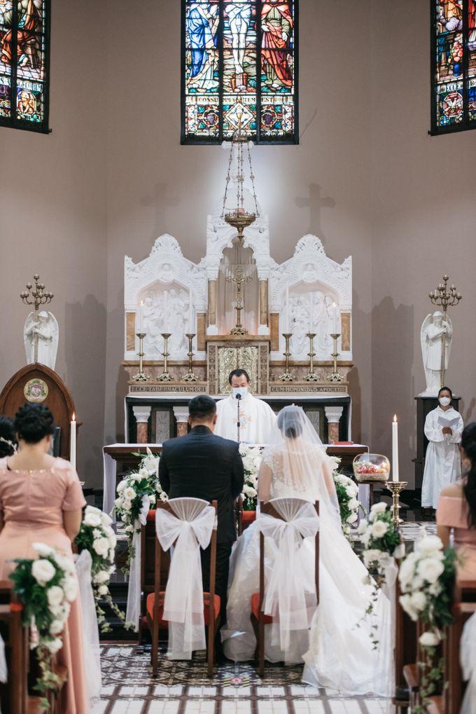 Evan & Brigita Wedding at Hilton by PRIDE Organizer - 014