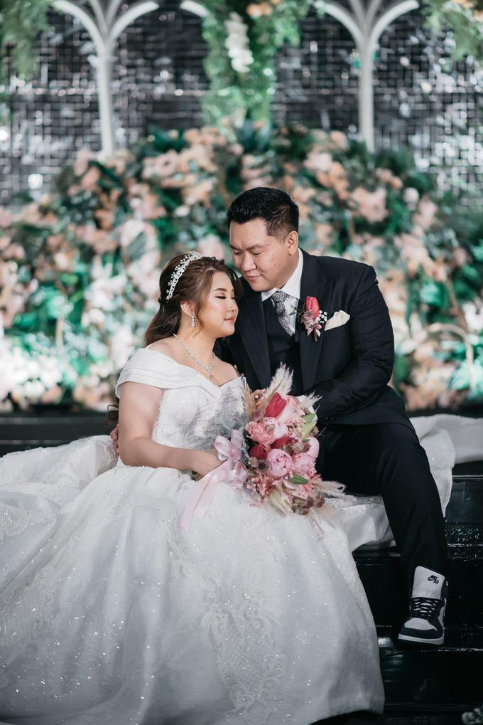 Evan & Brigita Wedding at Hilton by PRIDE Organizer - 021