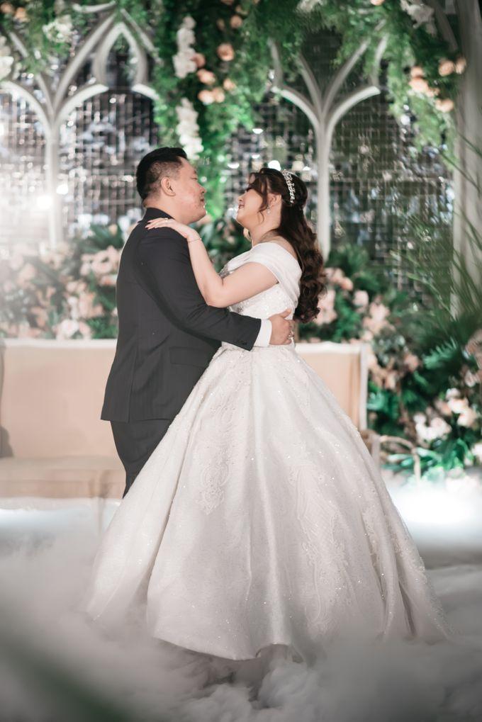 Evan & Brigita Wedding at Hilton by PRIDE Organizer - 035