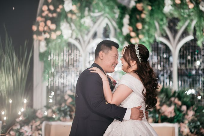 Evan & Brigita Wedding at Hilton by PRIDE Organizer - 033