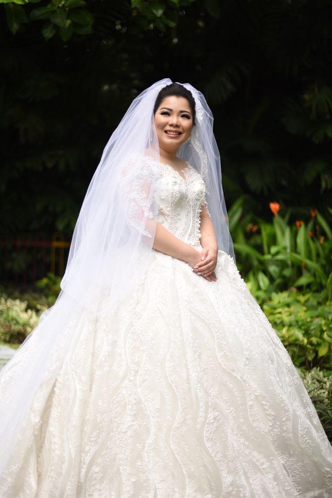 THE WEDDING OF ANGELIA & CHIKO by natalia soetjipto - 005