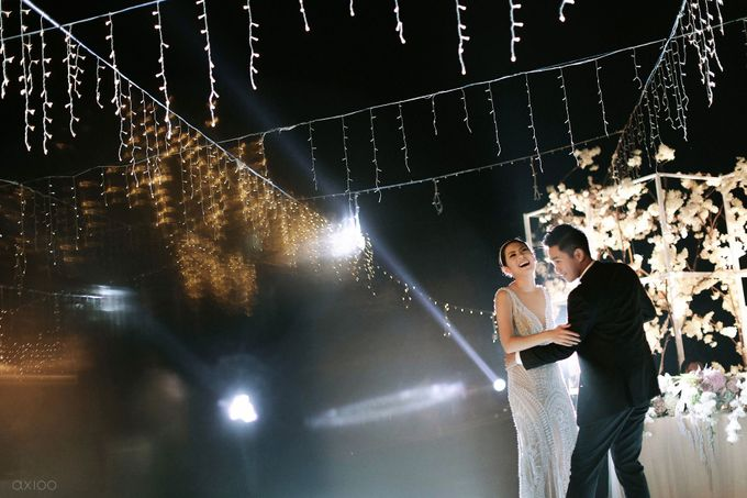 Timeless - The Wedding of Adrian and Meidelynn by Will by Axioo - 049